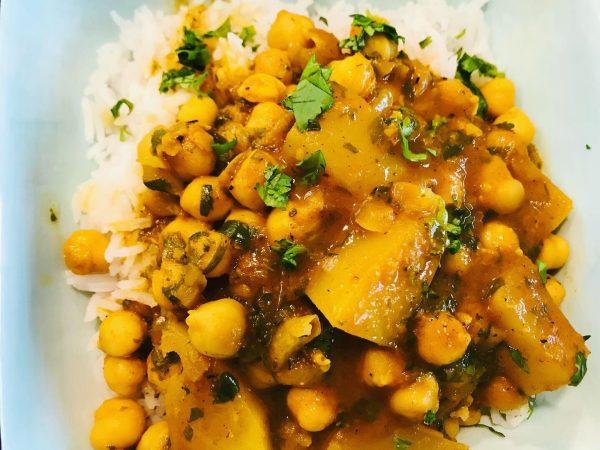 Chickpea and Potato Curry (Chana Aloo)